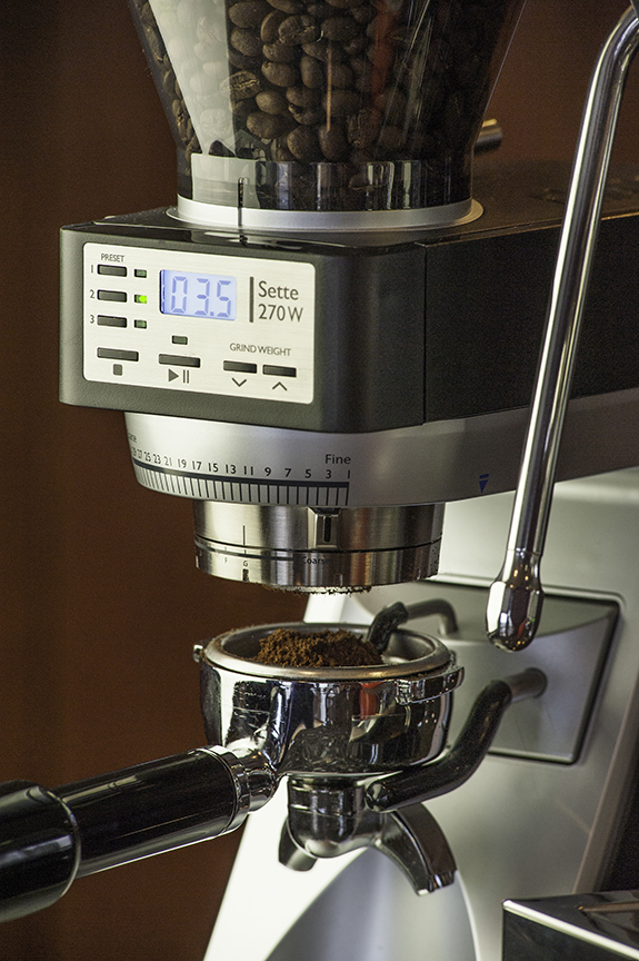 baratza sette 270w weighing grinder built in acaia scale. Black Bedroom Furniture Sets. Home Design Ideas